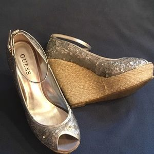 Guess 8 Silver Sequins Peep-toe Platforms